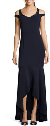 Adrianna Papell Cold-Shoulder High-Low Trumpet Gown