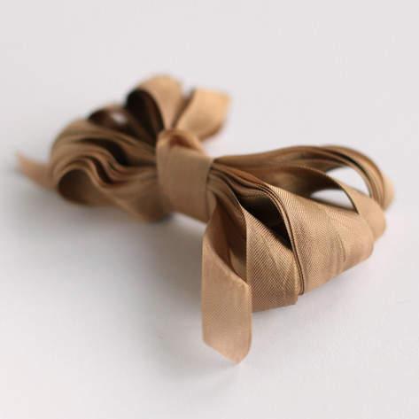 Linen Shimmer Ribbon