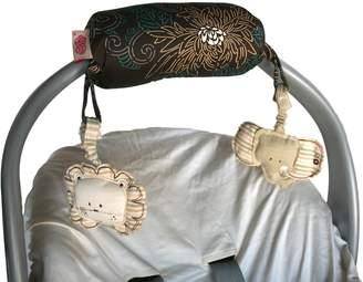 The Peanut Shell Carrier Cushion Amori