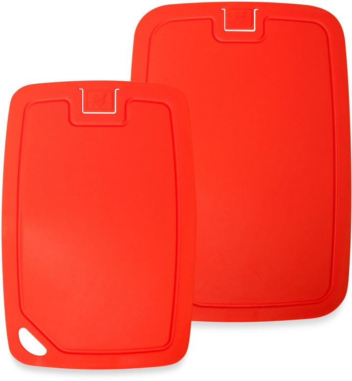 Bed Bath & Beyond Organic Large Cutting Board in Red