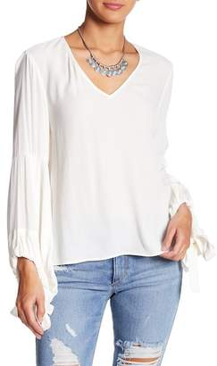 Fifteen-Twenty Fifteen Twenty Lantern Sleeve Top