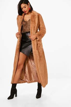 boohoo Boutique Belted Faux Fur Robe Coat