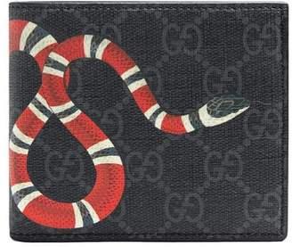 7d3e9c0037b6 Gucci Kingsnake print GG Supreme wallet