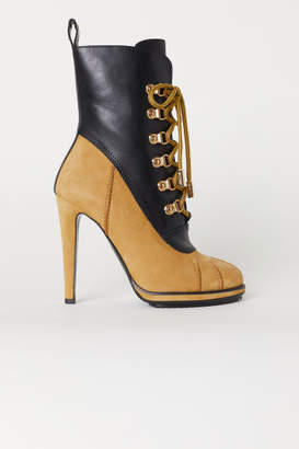 H&M Ankle Boots with Lacing - Black