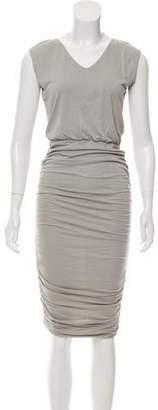Alice + Olivia Sleeveless Midi-Length Dress
