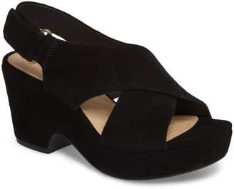 011804e1227 Clarks Black Women s Sandals - ShopStyle