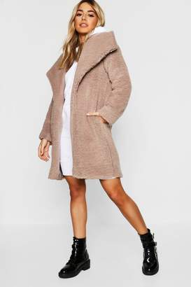 boohoo Petite Shawl Collar Teddy Coat