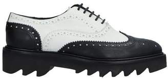 Entourage Lace-up shoe