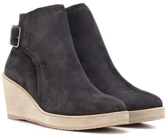 f8785328bc76 A.P.C. Suede ankle boots
