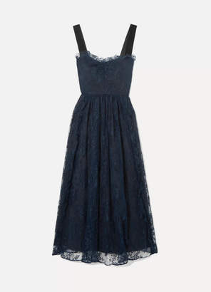 ALEXACHUNG Gathered Velvet-trimmed Chantilly Lace Midi Dress - Midnight blue