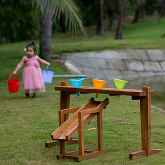 Freya Me and Outdoor Rack For Funnels And Slide
