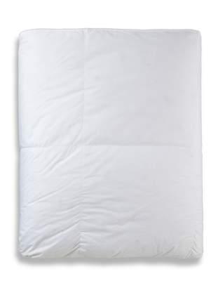Cloud Nine Comforts Albergo Deluxe Light Weight Comforter