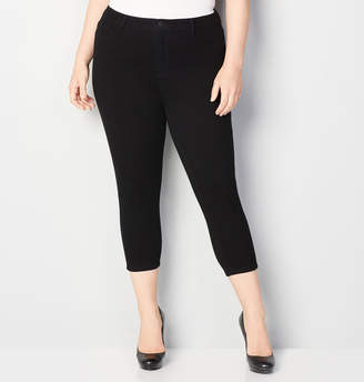 Avenue 5-Pocket Knit Denim Capri in Black