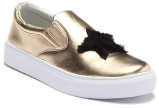 Hoo Faux Fur Heart & Star Slip On Sneaker (Toddler, Little Kid & Big Kid)