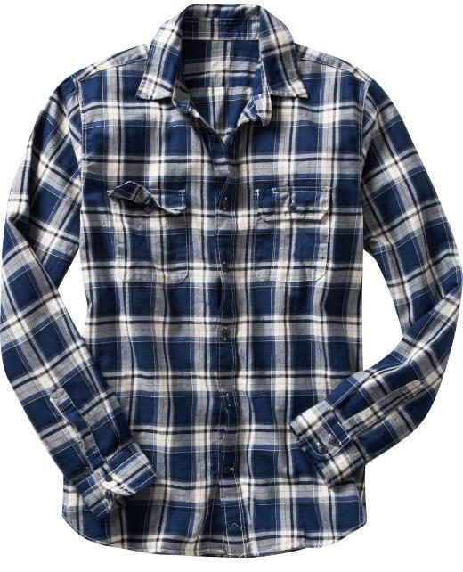 Blue and white plaid two-pocket shirt