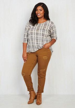 Dollhouse Return the Flavor Jeans in Saffron - 14-24 $59.99 thestylecure.com