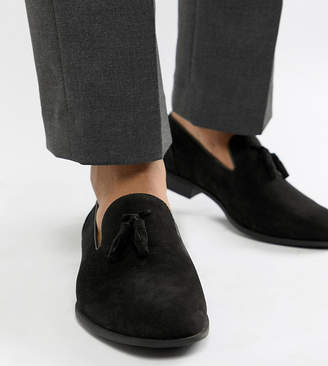2005ab2c5fc Asos Design DESIGN Wide Fit tassel loafers in black faux suede