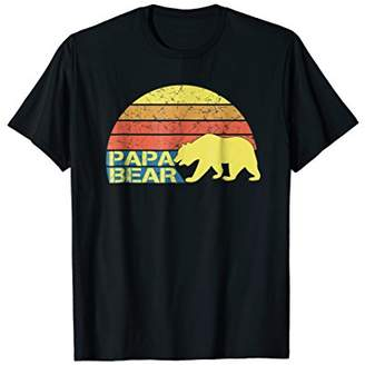 Mens Retro Papa Bear T-Shirt for Dads Features a Vintage Design