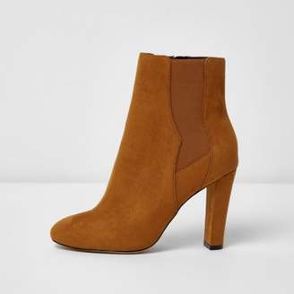 River Island Tan heeled chelsea boots
