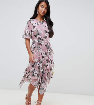 Forever New Petite floral printed tea dress in floral print
