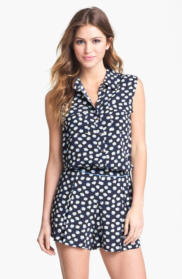 Vince Camuto Two by Sleeveless Floral Shirt