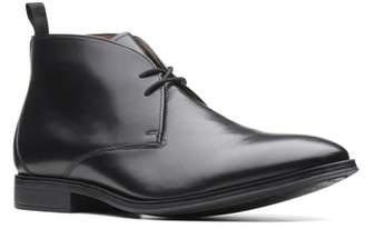 Clarks R) Gilman Mid Chukka Boot