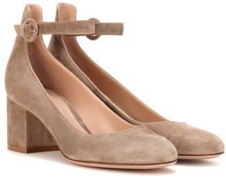 Gianvito Rossi Exclusive to mytheresa.com – Greta Mid suede pumps