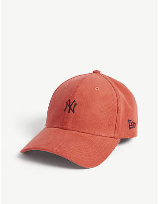 New Era 9Forty yankees corduroy cap