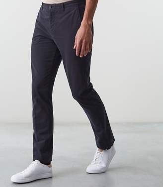 Reiss Our last order date for Christmas has now passed NILLSON SLIM FIT CHINOS Navy