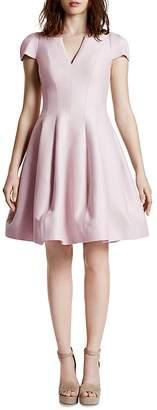 Halston Short Sleeve V-Neck Tulip Skirt Dress