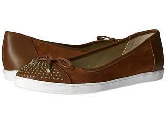J. Renee Marenda Women's Flat Shoes