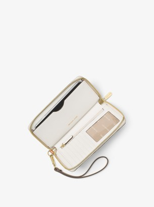 MICHAEL Michael Kors Jet Set Travel Logo Smartphone Wristlet