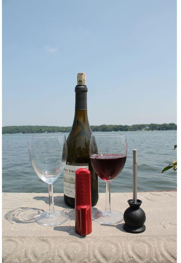 Aermate Tabletop Single Glass Wine and Spirits Aerator