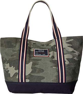 Tommy Hilfiger Classic Tote-Camo Canvas
