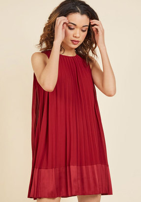 Pleat and Greet Shift Dress in Burgundy in M $19.99 thestylecure.com