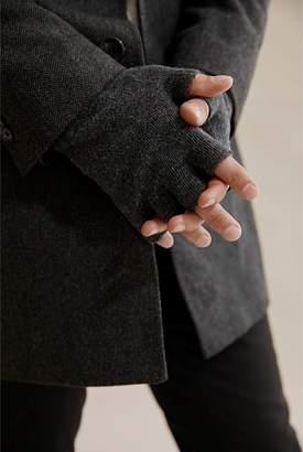 Country Road Fingerless Gloves