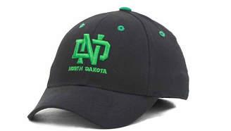 Top of the World Boys' North Dakota Fighting Hawks Onefit Cap