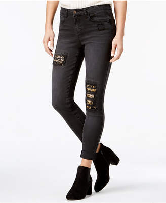 Vanilla Star Juniors' Embroidered Ripped Skinny Jeans