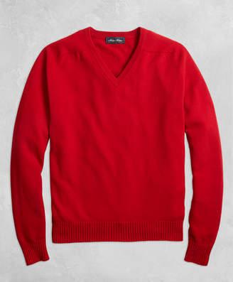 Brooks Brothers Golden Fleece 3-D Knit Cashmere V-Neck Sweater