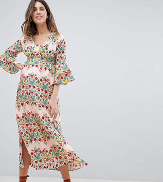 Mama Licious Mama.Licious Mamalicious Floral Prairie Maxi Dress With Ruffle Sleeves