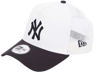 New Era New York League Essential Trucker Hat