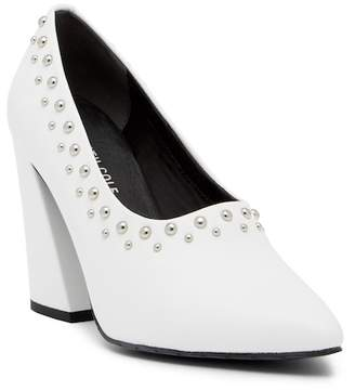 Kenneth Cole New York Gail 2 Studded Leather Pump