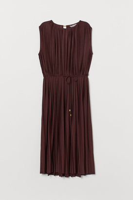 H&M Pleated Dress - Red