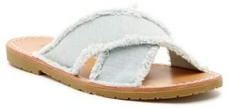 Chinese Laundry Empowered Slide Sandal