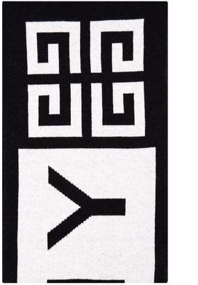 Givenchy 4g Knit Scarf In Black And White