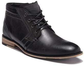 Steve Madden Komp Leather Chukka Boot