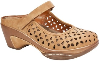 Rialto Laser-Cut Closed-Toe Clogs - Vienna