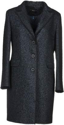 Mouche Coats