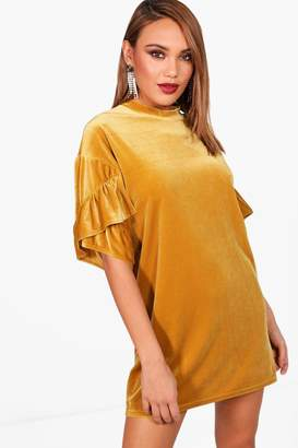 boohoo Una Ruffle Sleeve Velvet Shift Dress