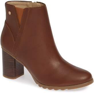 Hush Puppies R) Spaniel Ankle Bootie